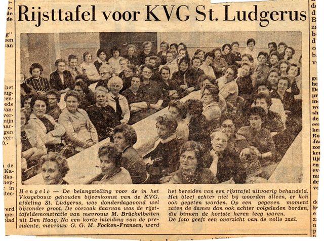 Lezing voor Katholiek Vrouwengilde St. Ludgerus, Hengelo (jaar onbekend).  Foto: privécollectie familie Brückel.