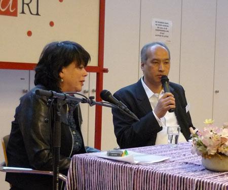 Hoofdredacteur IndischHistorisch.nl Humphrey de la Croix interviewt Lizzy van Leeuwen