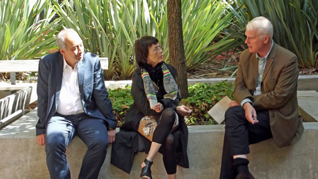 "Humphrey de la Croix, Inge Dümpel and Adriaan van Dis: an ""Indo rendez-vous"""