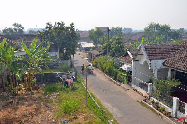 Een kampung of stadswijk: armlastige Indo's in Indonesië zijn aangewezen op eenvoudige woningen of kamers  Foto: Humphrey de la Croix 2012