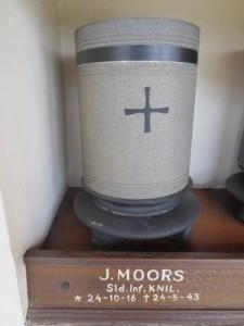 urn_jmoors