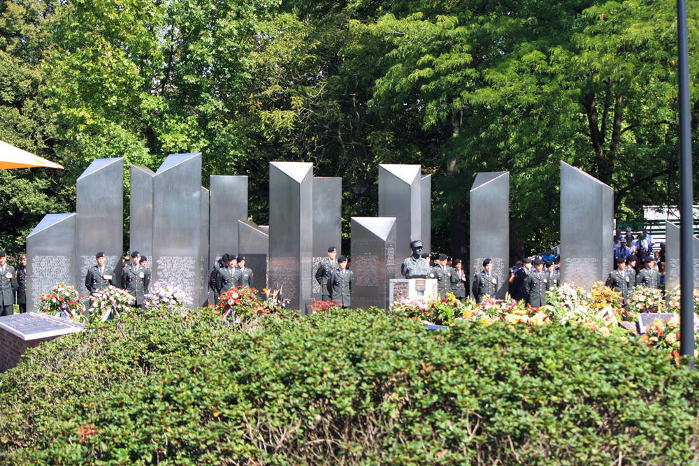 roermond-monument-e1414751756586