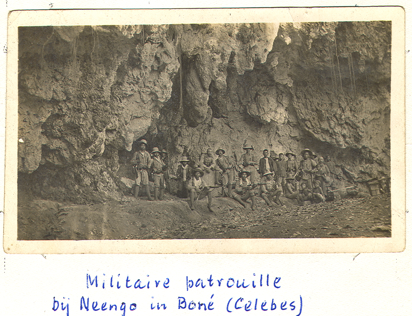 Linnemann_patrouiile_bone